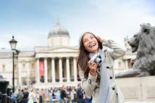 London Tourist Woman On Trafalgar Square