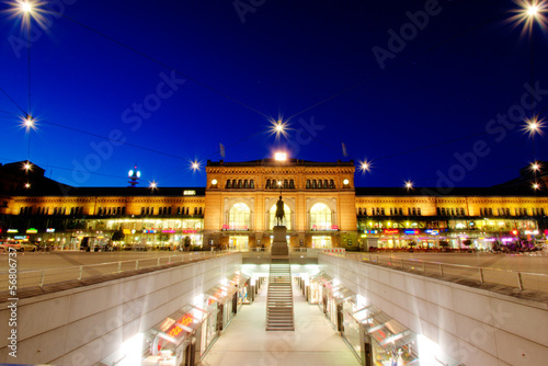 Foto op Canvas Treinstation Hannover Hauptbahnhof at Night