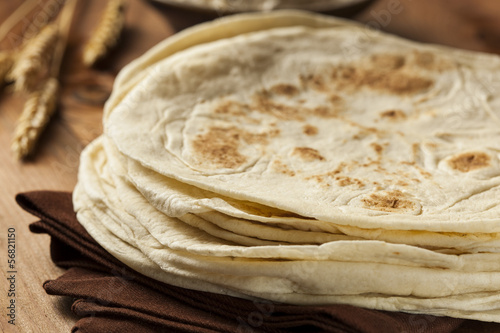 Foto  Stack of Homemade Flour Tortillas