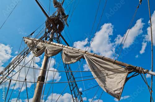 Photo Mast with sails of an old sailing vessel
