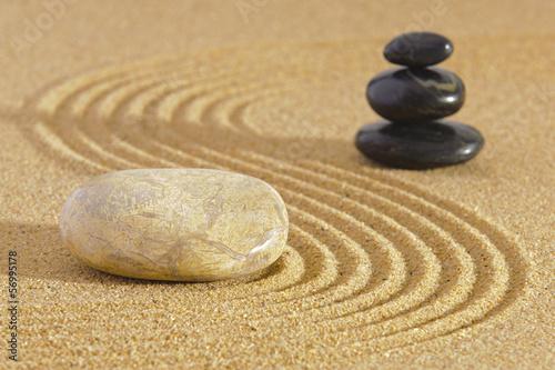 Tuinposter Stenen in het Zand Japan ZEN garden in sand with stone