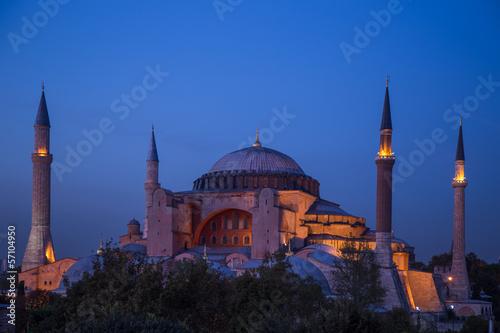 Fotografiet Hagia Sophia in the evening