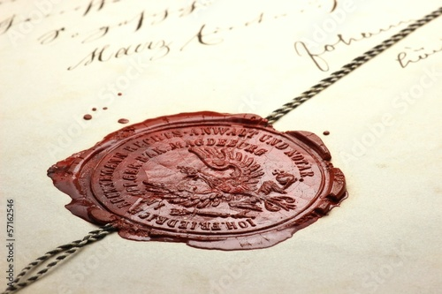 Wachssiegel auf altem Dokument