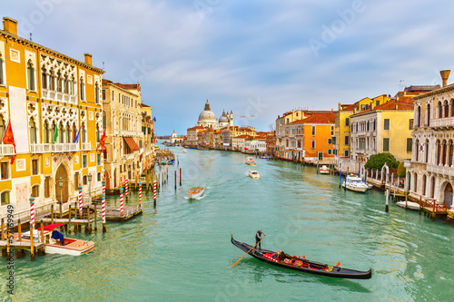 Photo  Gondola on Grand Canal