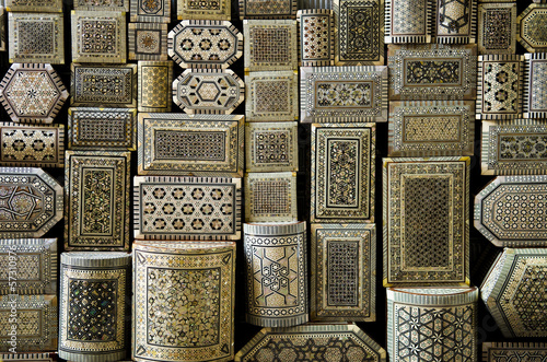 Tuinposter Midden Oosten traditional souvenir boxes in market of cairo egypt