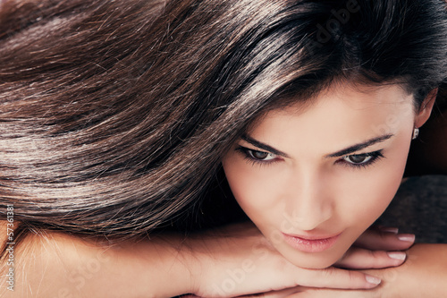Fotografie, Obraz  dark hair beauty