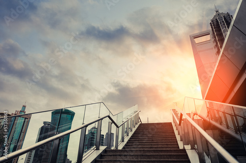 Poster Trappen urban outdoor stairs in sunset