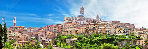 Panoramic view of the medieval city of Siena, Tuscany, Italy Canvas-taulu