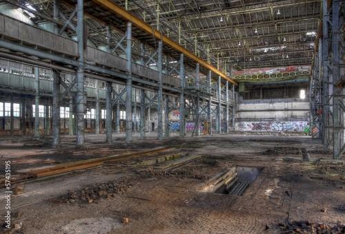 Papiers peints Les vieux bâtiments abandonnés Alte leere Lagerhalle