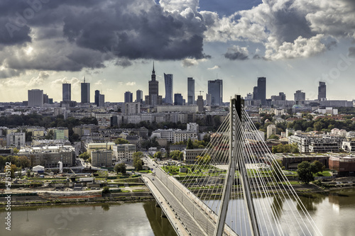 Fototapety, obrazy: Warsaw skyline behind the bridge