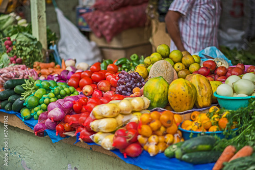 Photo Stands South America Country Ecuador-Indiomarkt