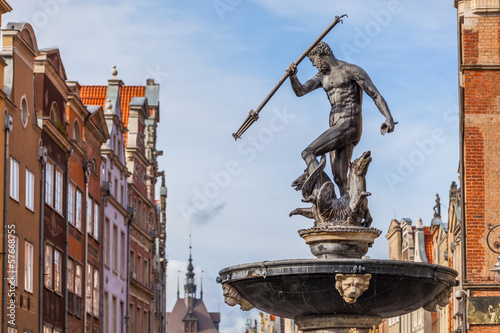 Fototapeta Fountain of Neptune - the old town in Gdansk, Poland