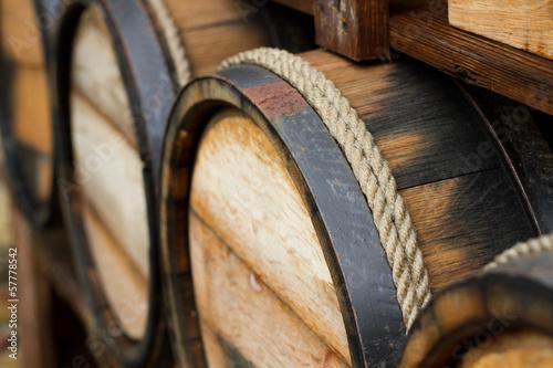 Cuadros en Lienzo Wooden wine barrels