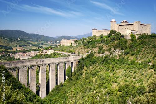Fotografie, Obraz Aqueduct in Spoleto, Ponte delle Torri  Umbria, Italy