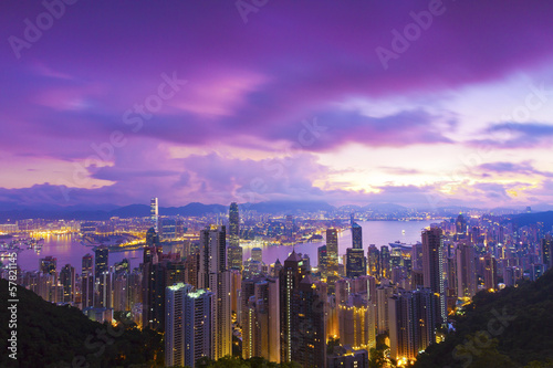 Prune Hong Kong sunrise