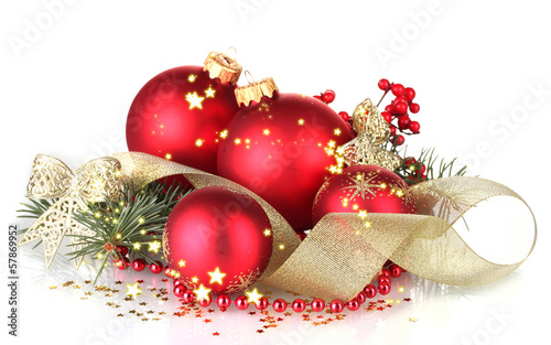 Fotografie, Tablou  Christmas ball and green tree on white background