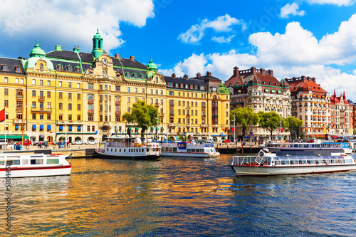 Foto-Kassettenrollo premium - Old Town in Stockholm, Sweden (von Scanrail)
