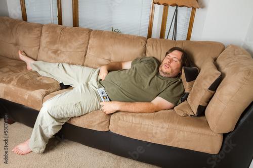 Fotografia, Obraz  Man asleep on the couch