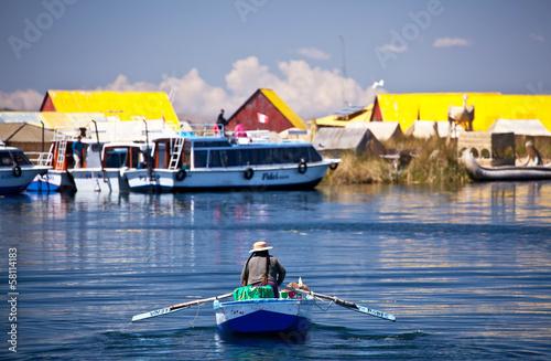 Valokuva  Uros floating islands - Titikaka Lake