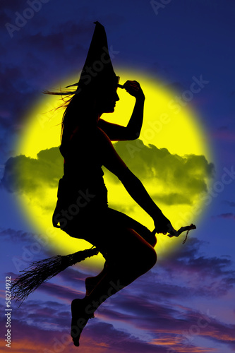Plakát  Silhouette of witch on broom