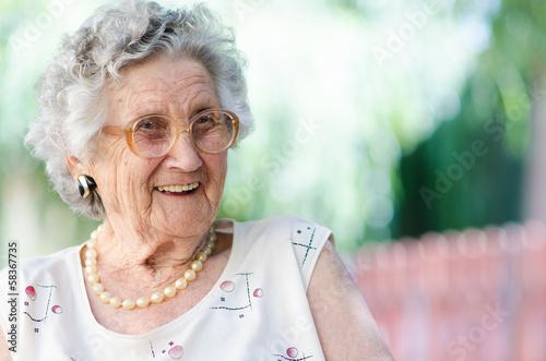 Fotomural elderly woman