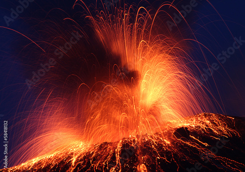 Photo sur Toile Volcan Volcano Stromboli erupting night eruption