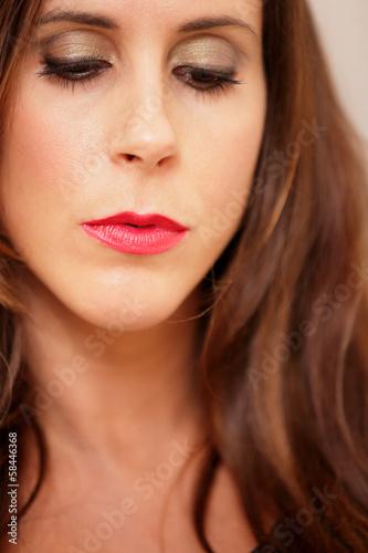 Foto op Plexiglas Beauty Headshot of a beautiful woman
