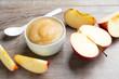 canvas print picture - Feines Apfelmus mit frischer Frucht