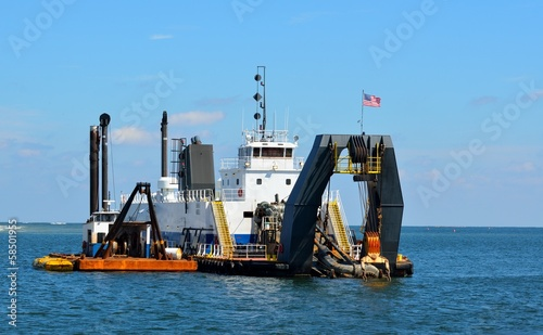 Fotografia, Obraz  inlet dredging at Florida