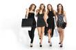 Kobiety po zakupach w butiku