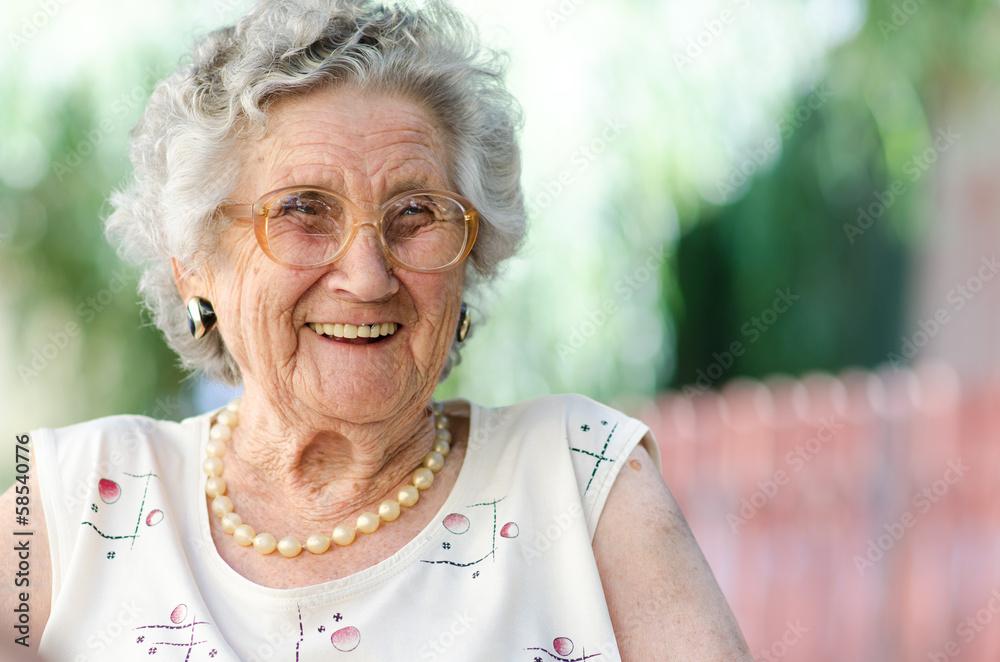Fototapety, obrazy: elderly woman
