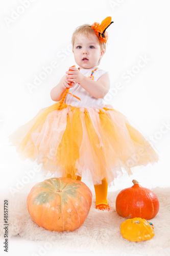 Tuinposter Sprookjeswereld Baby with pumpkins