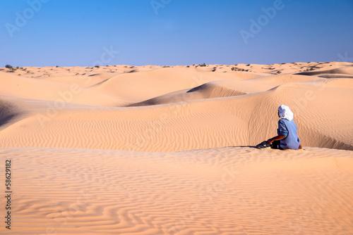 Staande foto Tunesië Touareg dans les dunes, Grand erg oriental, Tunisie