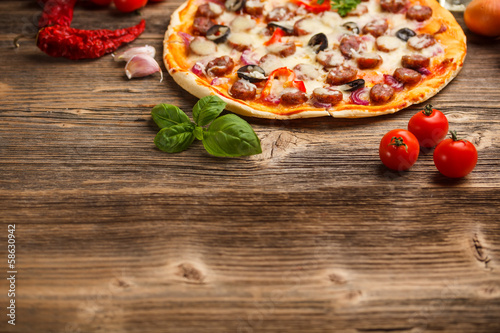 wysmienicie-wloska-pizza