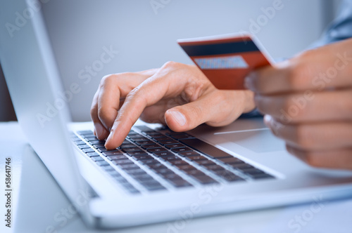 Fotografía  Man Payment Online With Credit Card