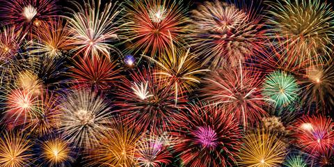 Fototapeta Boże Narodzenie/Nowy Rok Festive and colorful fireworks display