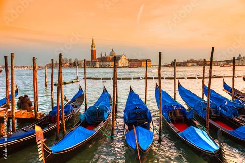 Papiers peints Gondoles Venice, View of San Giorgio maggiore from San Marco.