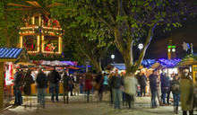 South Bank Christmas Market In...
