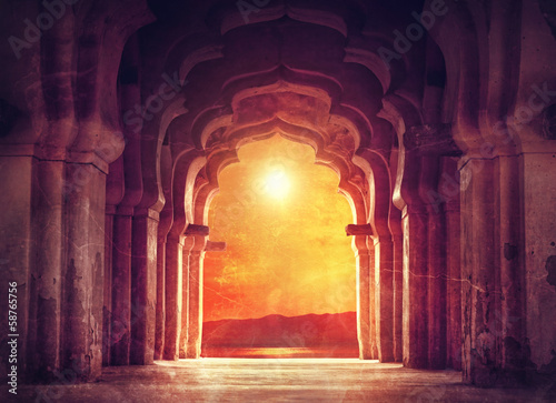 Spoed Foto op Canvas India Old temple in India