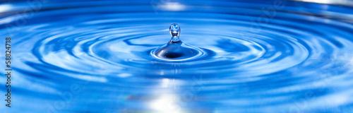 Keuken foto achterwand Water goccia d'acqua