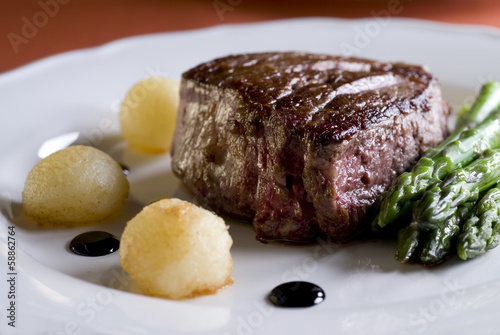 Photo  juicy tenderloin steak