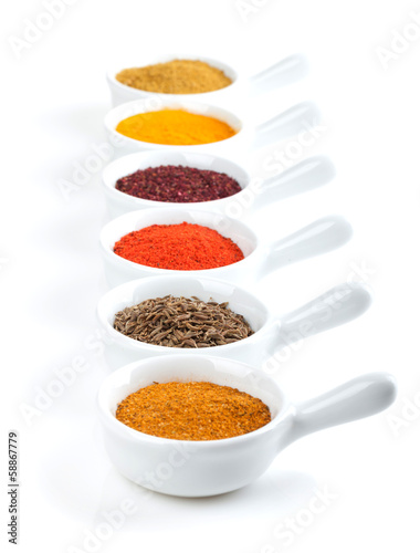 Papiers peints Herbe, epice Various spices selection