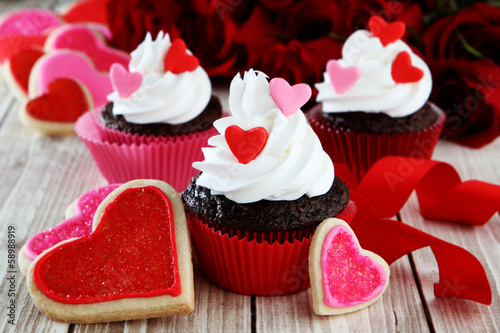 Fotografie, Obraz  heart cupcakes