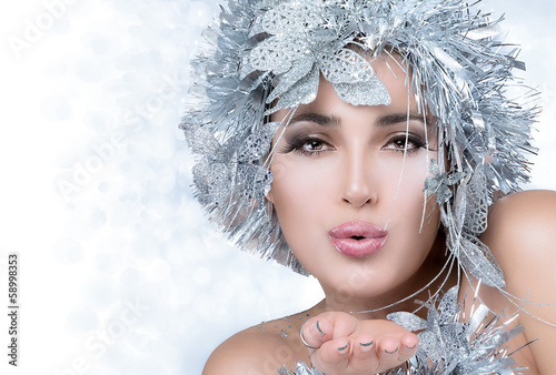 Fototapety, obrazy: Fashionable woman portrait with Silver Stylism. Vogue style mode