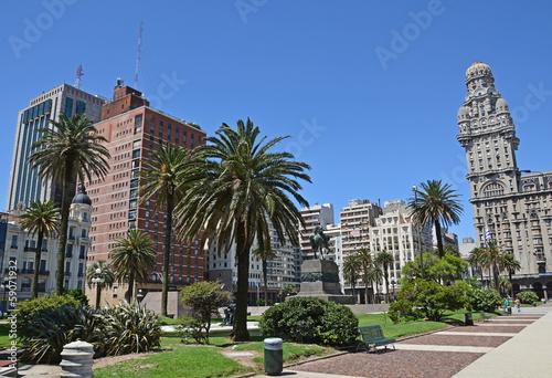 fototapeta na szkło Montevideo, Plaza Independencia