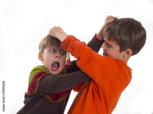 boys fighting Canvas-taulu
