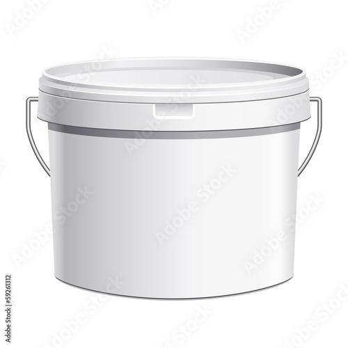 Photo Seau plastique blanc anse métal