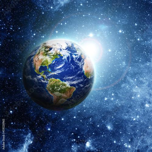 planeta-ziemia-w-kosmosie