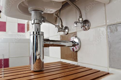 Valokuva  siphon évier salle de bain