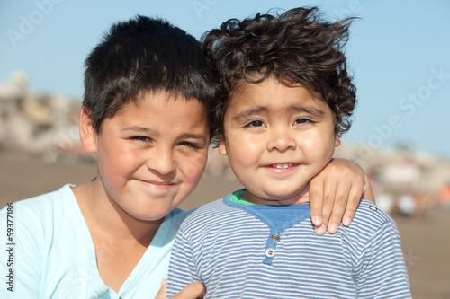 Fototapeta little brothers